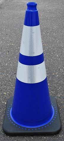 """Picture of 28"""" Cone Blue Reflective"""