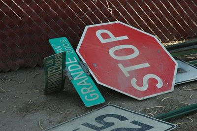 Why Traffic Sign Maintenance is a Must